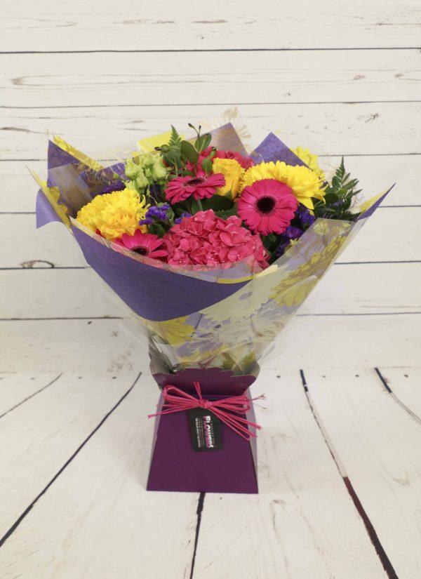 Churchview Flowers - Florist Choice Lily Free Bouquet