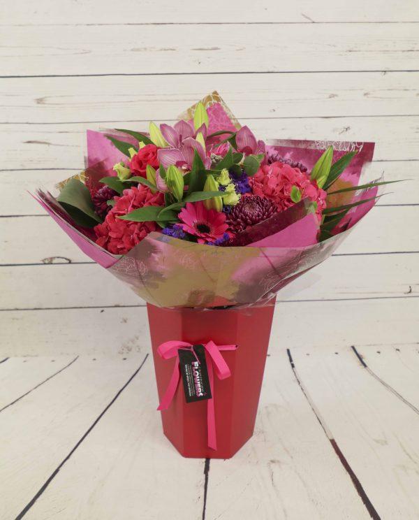Churchview Flowers - Florist Choice Showstopper